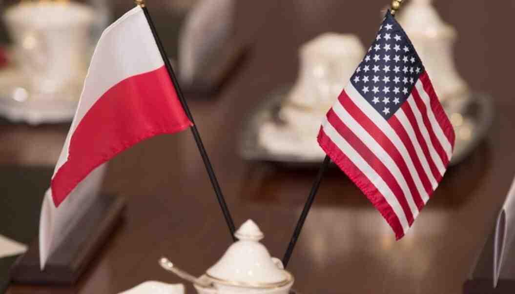 Пропастта между натовците се увеличава: Полша: Най-обидчивият приятел на САЩ