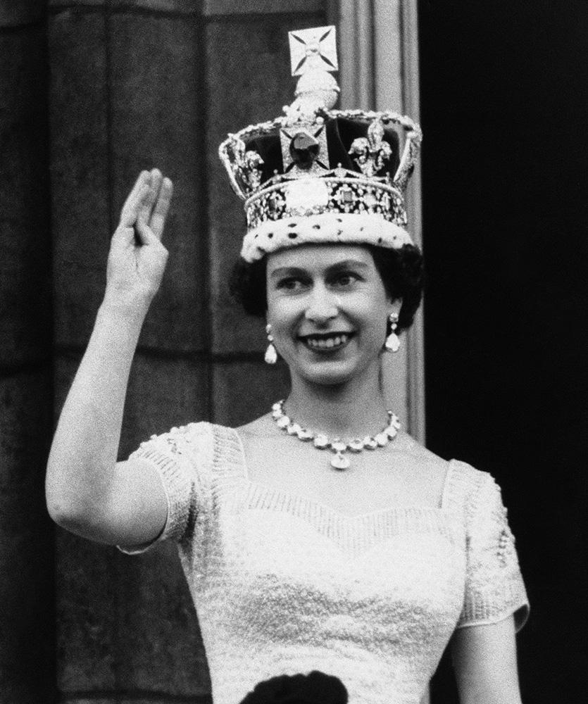 Портретът на Елизабет II е изнесен от Оксфордския университет по решение на студентите