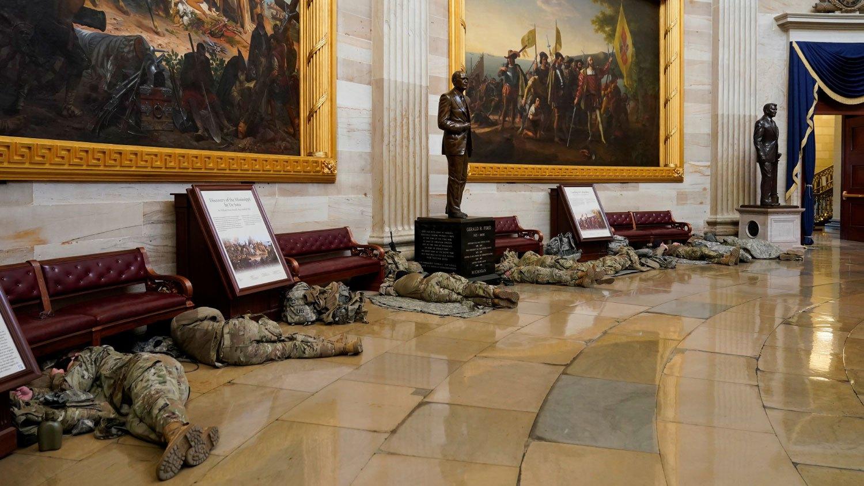 Американският сенат назовава грешките, довели до безредиците в Капитолия