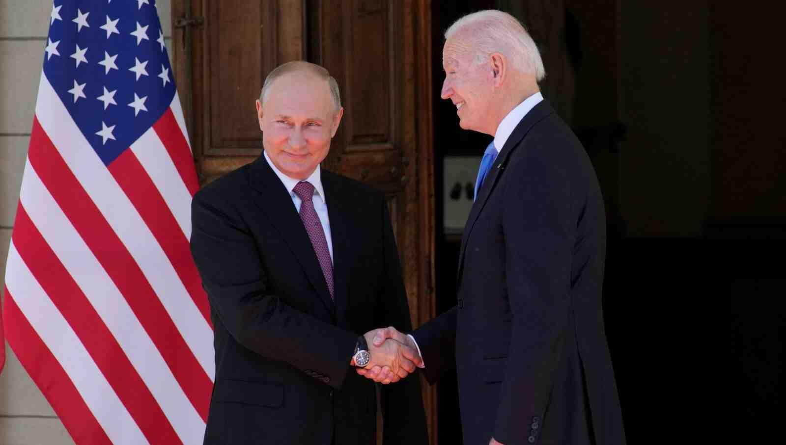 Надежда Нейнски: Путин постигна целта си