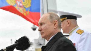 Владимир Путин: ВМФ РФ е способен да открие всеки противник и при необходимост да нанесе удар