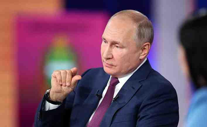 iHNed, Чехия:Путин трябва да избира - спокойствието у дома или положението на хегемон в света