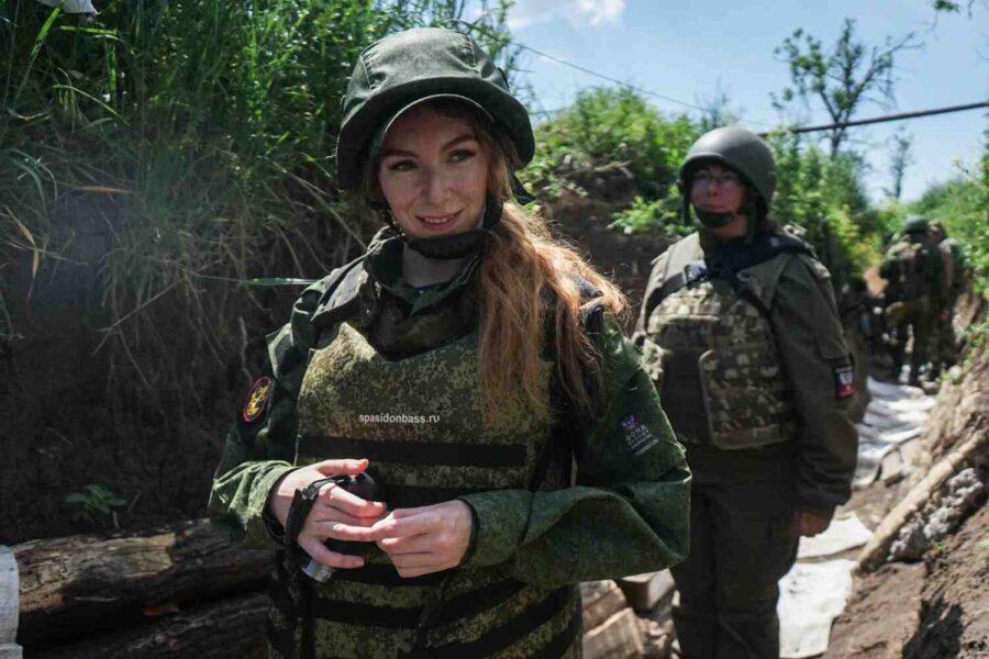 Напусна ни военният кореспондент на News Front Екатерина Катина