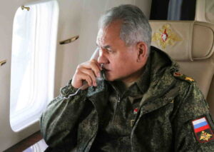 Сергей Шойгу пристигна в Ростов на Дон, за да провери бойната готовност на Южния военен окръг