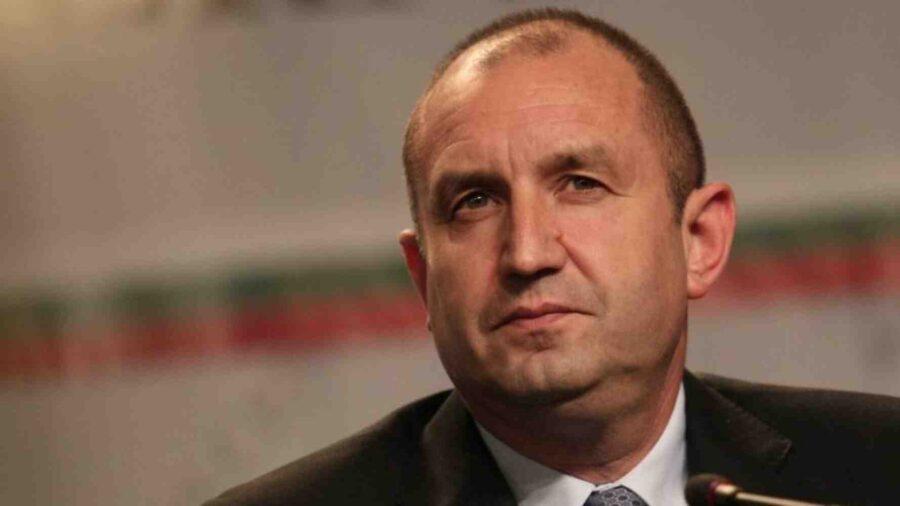 Днес в 17 ч. Радев връчва проучвателния мандат на ИТН