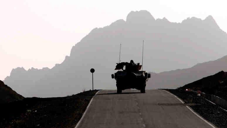 """The Independent: Белият дом призна, че САЩ са оставили на талибаните """"доста голямо количество"""" военна техника"""