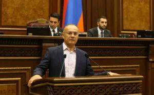 Екс-министър на отбраната на Армения посочи опасността от делимитиране на границата с Азербайджан