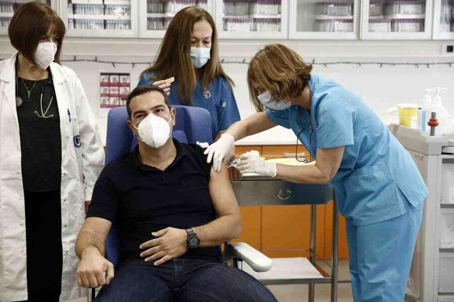 Гърция задължителна ваксинира всички държавни служители
