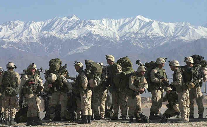 """САЩ бягат от Афганистан, защото се страхуват от """"руската заплаха"""""""
