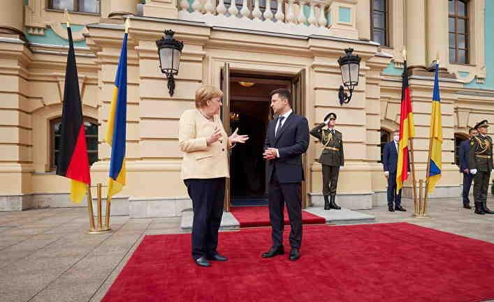 Der Spiegel: След фиаското в Москва Меркел се конфузи и в Киев