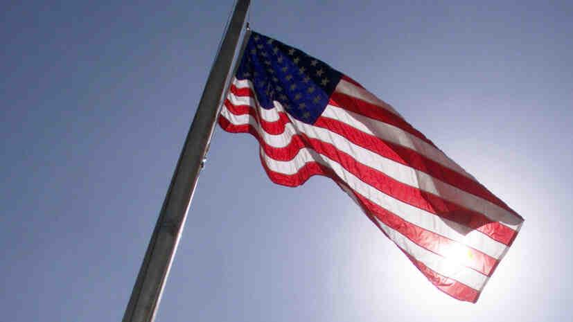 Politico: САЩ евакуират дипломатите си от Кабул в края на август