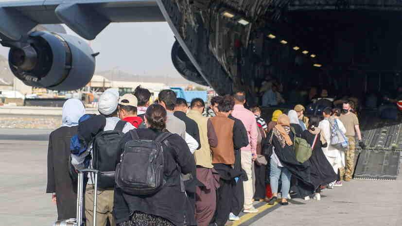 Байдън: САЩ евакуираха около 33 хиляди човека от Афганистан