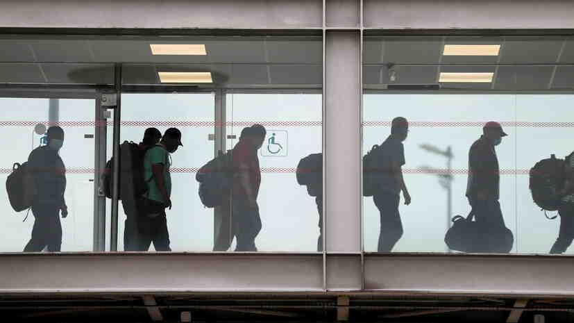 Франция ще подкрепи евакуираните афганистанци на своя територия