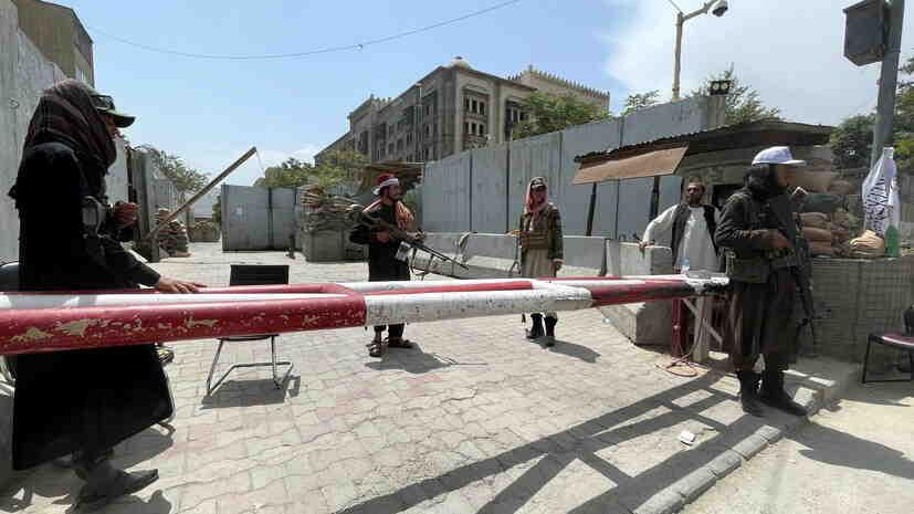 Foreign Policy: Талибаните възнамеряват да създадат съвет от 12 души, който да управлява Афганистан