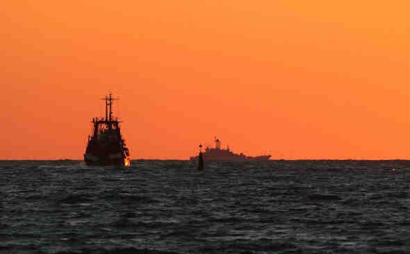 """ВМС на САЩ обвини Русия в провокиране на """"първи удар"""" в Черно море"""
