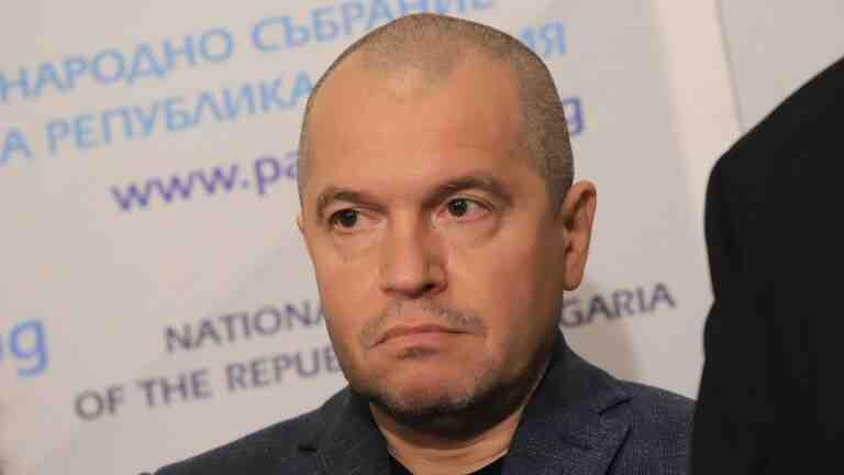Тошко Йорданов: Всичките са овъртолени като свински черва