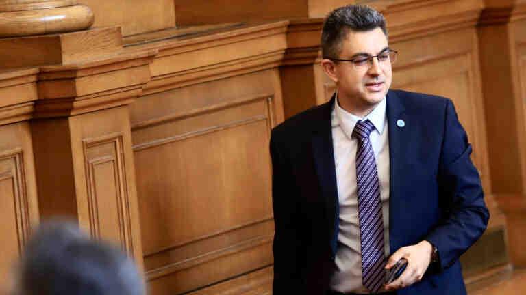 Пламен Николов: В момента се водят преговори с партиите