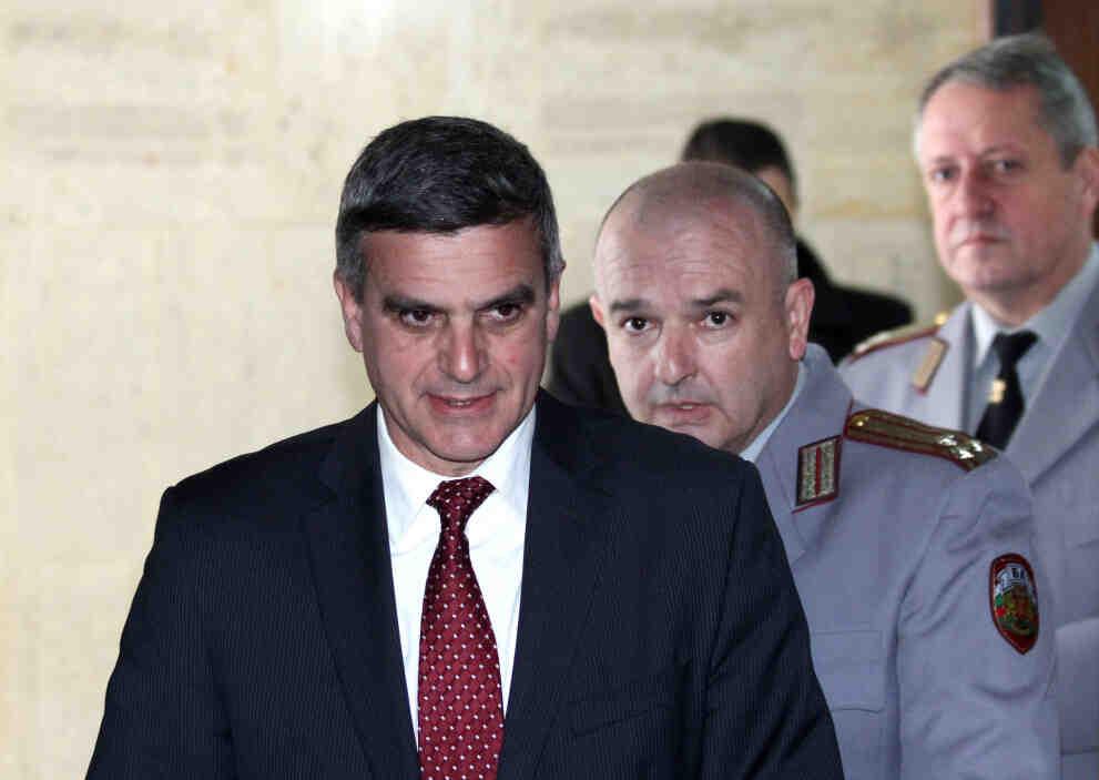 Стефан Янев: Гражданите имат право да знаят кой определя приоритетите и постовете в новия кабинет