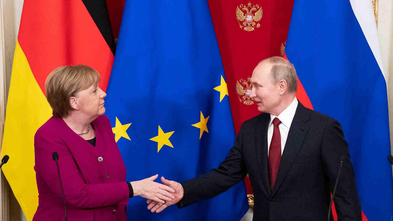 Меркел може да обсъди Афганистан на предстоящата среща с Путин