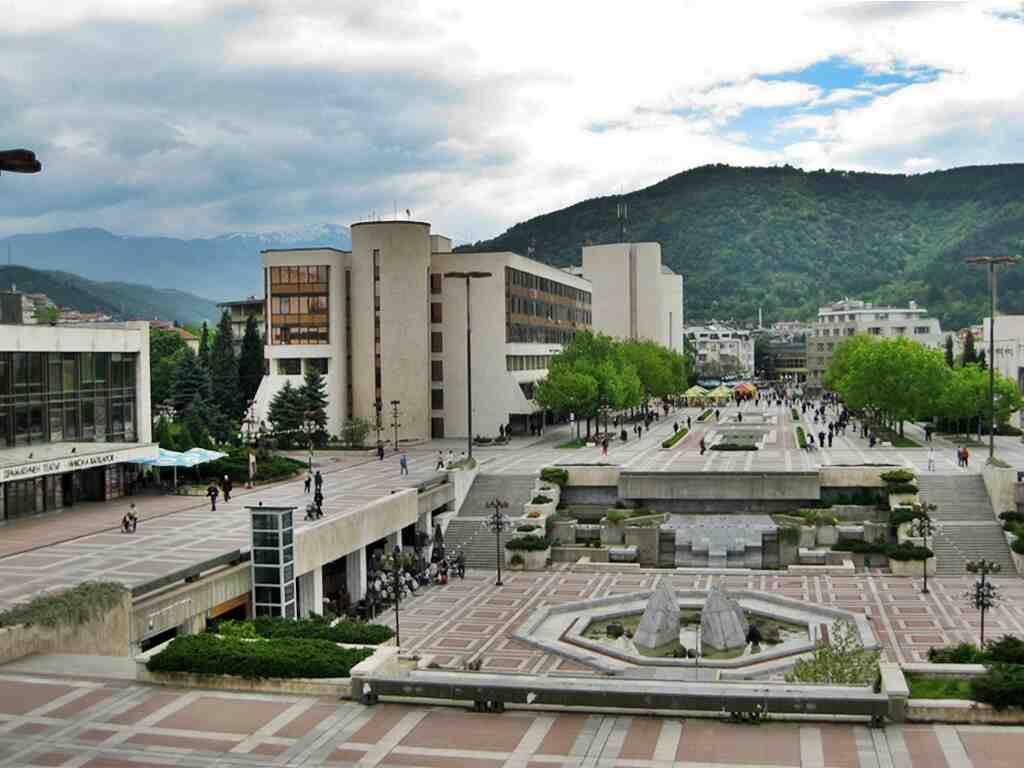 Заразените с Ковид-19 ученици в Австрия - под карантина