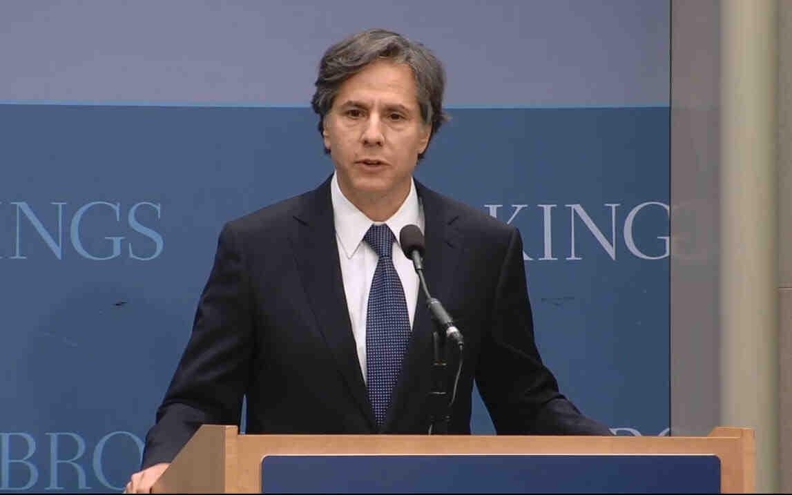 Блинкен ще проведе разговори с украинския външен министър във Вашингтон