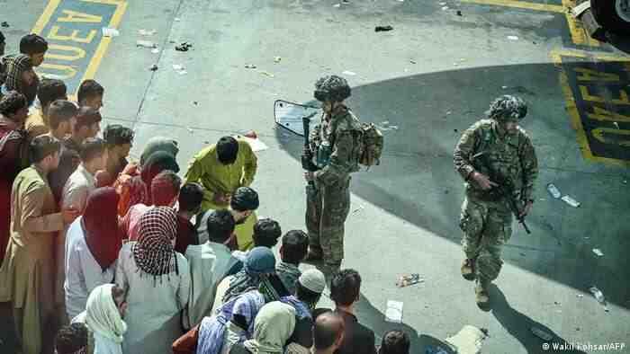 Талибаните: Ако САЩ и Западът не се изтеглят до 7 дена, ще се сблъскат с последици