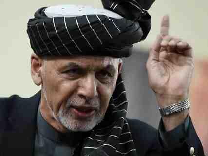 Афганистанският президент Гани отрече информацията за износ на пари с хеликоптер