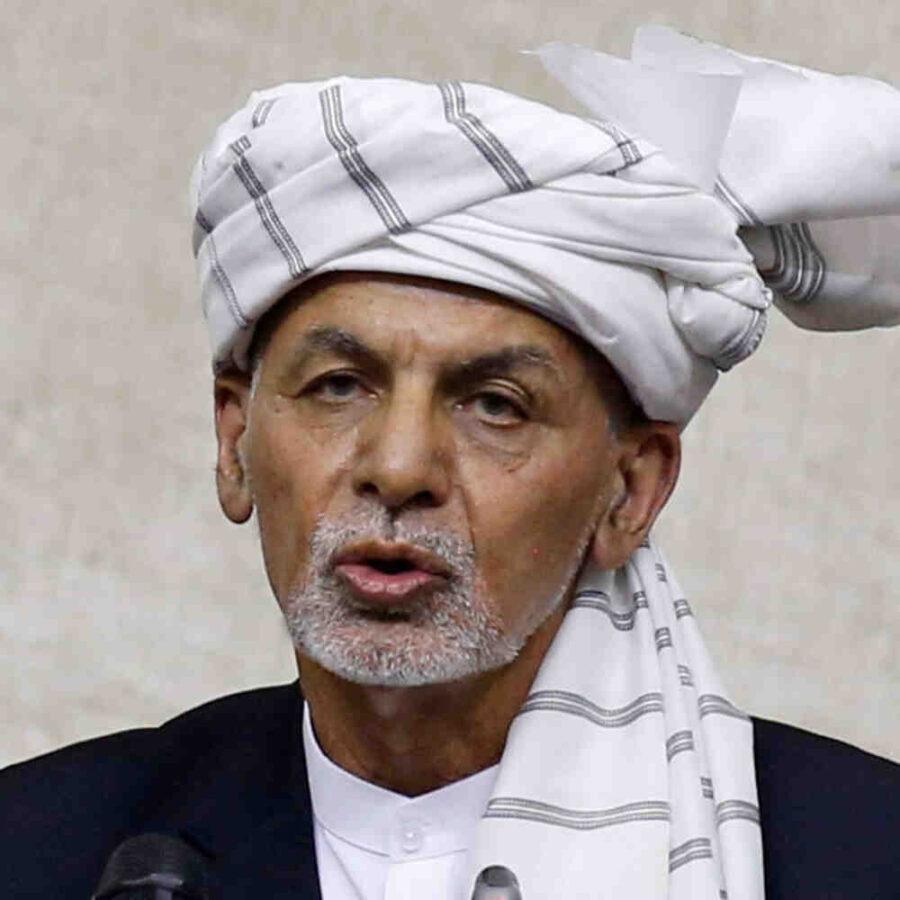 Избягалият от Афганистан президент обеща да се върне
