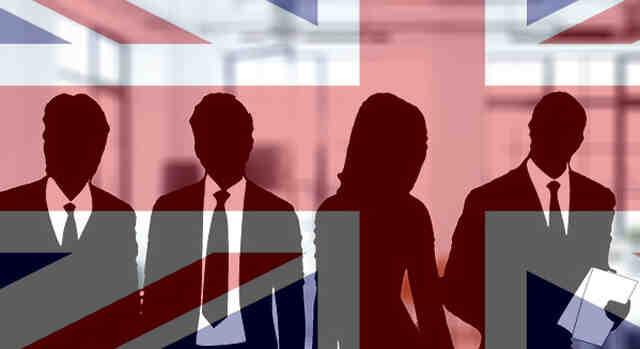 Рекорд на вакантни работни места във Великобритания, увеличени заплати