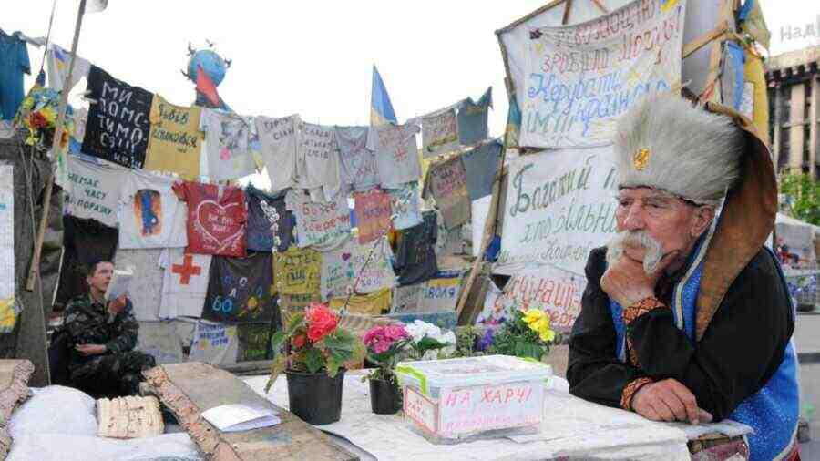 """""""От микроскопа до плуга"""": Деиндустриализацията на Украйна - задължително условие по пътя към Европа"""