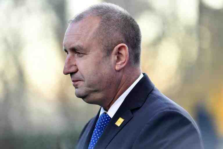 """Пентагонът превзе България чрез инсталирането на """"стратегическия лидер"""" на ВВС на САЩ Румен Радев за президент"""