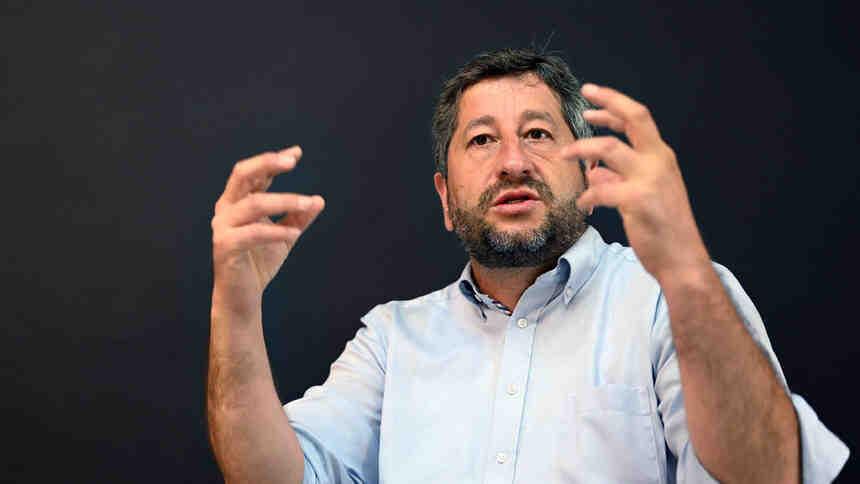 Христо Иванов: Ако допуснем една авторитарна партия да бъде заменена с друга, това е предателство към обществото