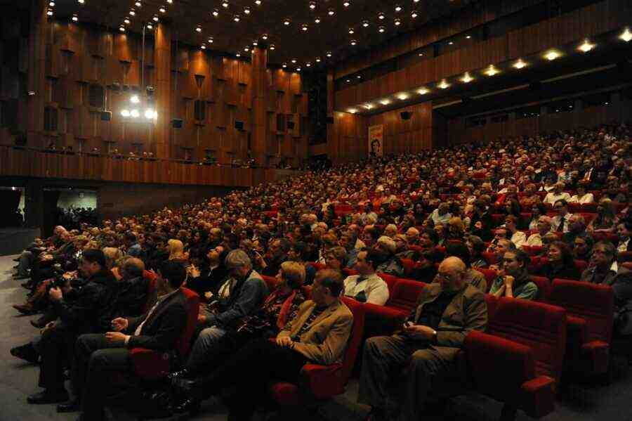 """В Москва се състоя премиера на филма """"Керчек"""" за живота на кримските татари"""