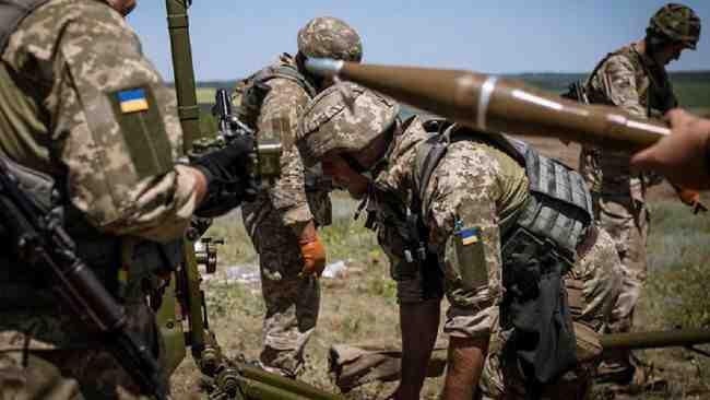 Най-накрая стана ясно кой кого обстрелва в Донбас