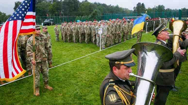 Spiegel: Украйна се стреми да се сближи с НАТО, приемайки учения на алианса