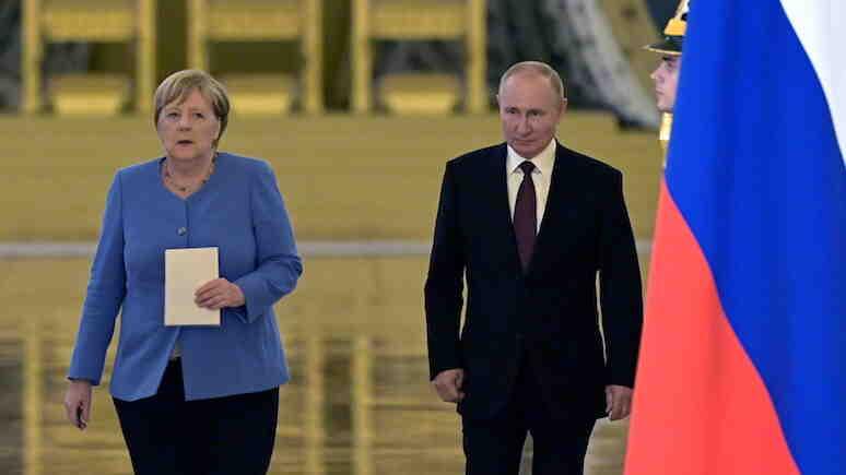 Interia: Меркел направи ценен подарък на Москва