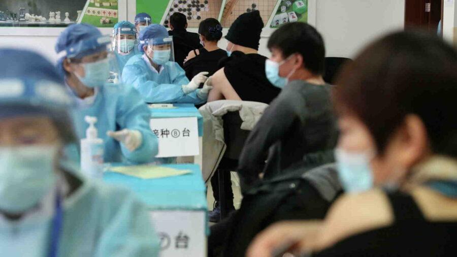 SCMP: Китай ваксинира 78 % от жителите си, цели колективен имунитет (и видео)