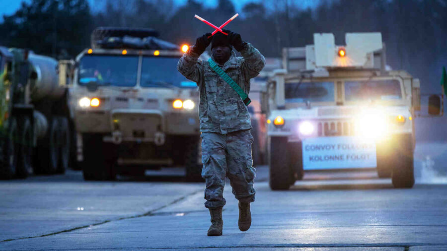 """""""Eвропа трябва да може да провежда военни операции без помощта на САЩ или НАТО"""""""