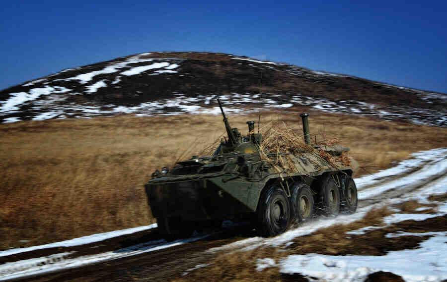 Северният флот на Русия на учения с арктическа групировка на Колския полуостров