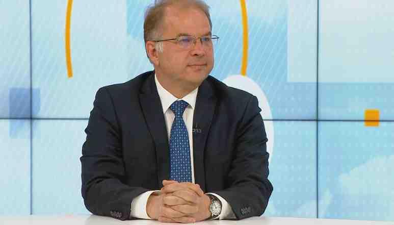 """Чолаков: """"На два пъти през тази година се осъществява """" удар с таран"""" срещу политическата система"""""""