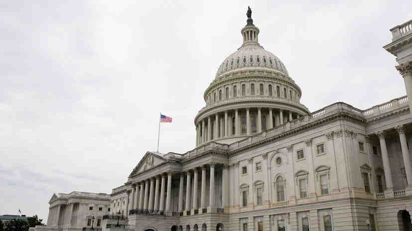 US сенатори подлагат на унищожителна критика Байдън