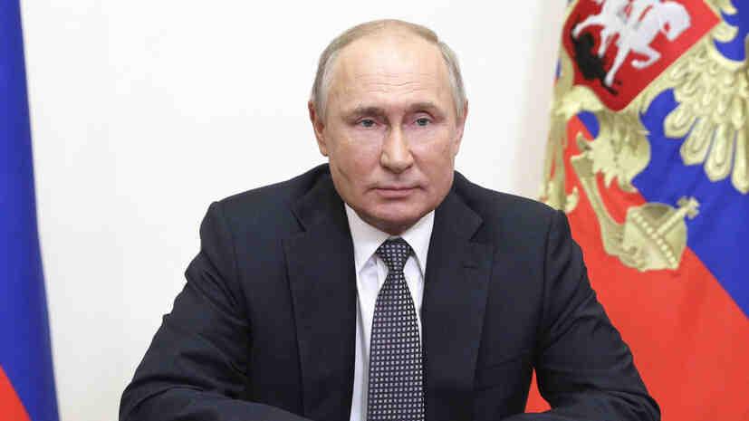 """Путин присъжда титлата """"Град на трудовата доблест"""" на още 12 града"""