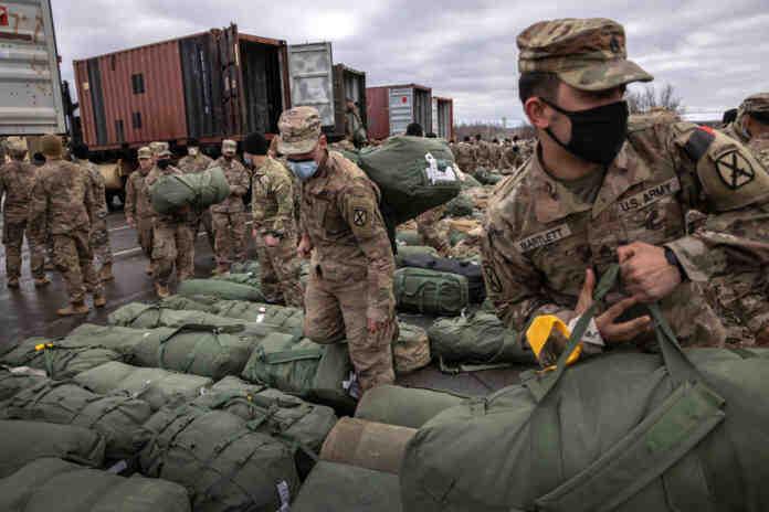 """САЩ отвориха нови области за стратегически маневри на Русия и Китай, """"Голямата игра"""" се възобнови"""