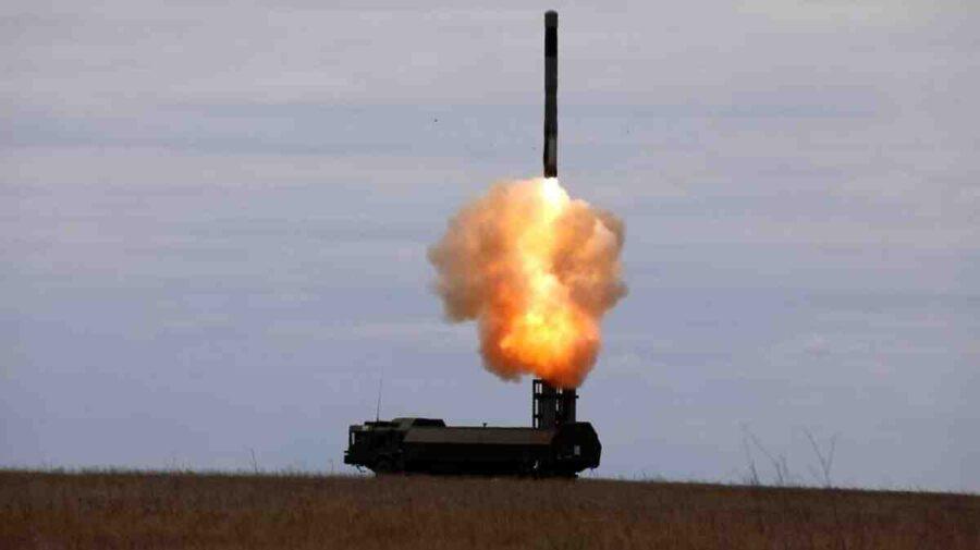 """Русия с """"Бастион"""" удари цели в Черно море на фона на учения между Украйна и НАТО"""
