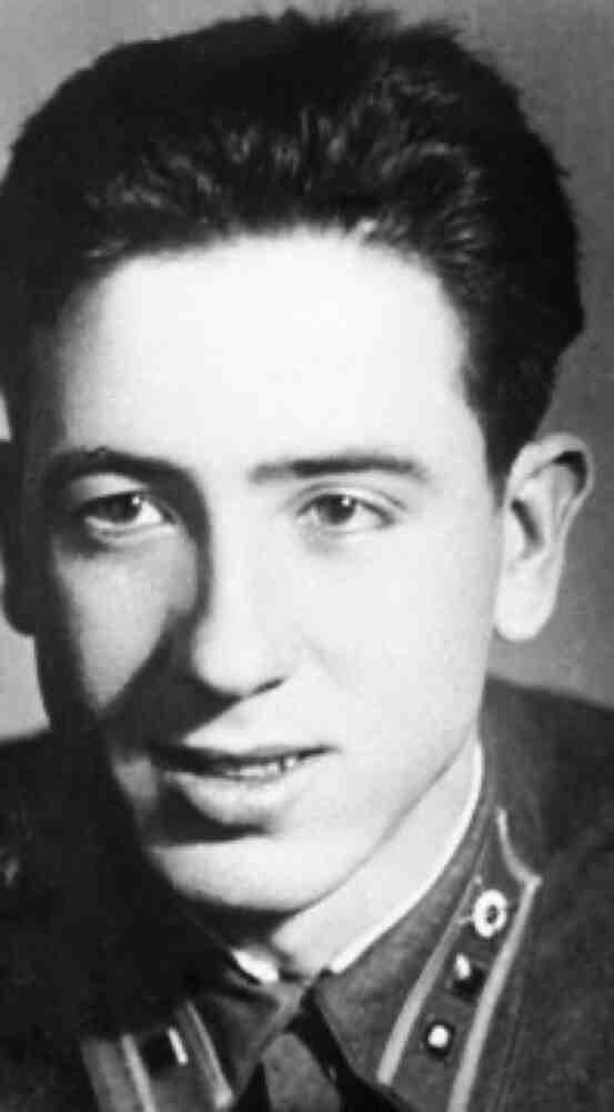 El Confidencial: Синът на легендарната Долорес Ибарури - герой от Сталинградската битка и Испанската гражданска война