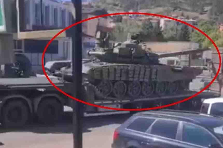 Обстановката се нажежава: Сърбия разположи танкове до Косово (и видео)