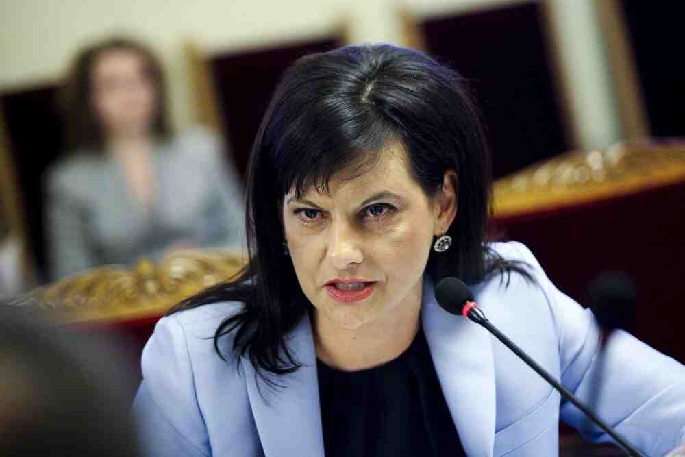 Д-р Дариткова: Недопустимо е начело на МЗ да е антиваксър, очевидно служебните целят страната да изпадне в пълен хаос!