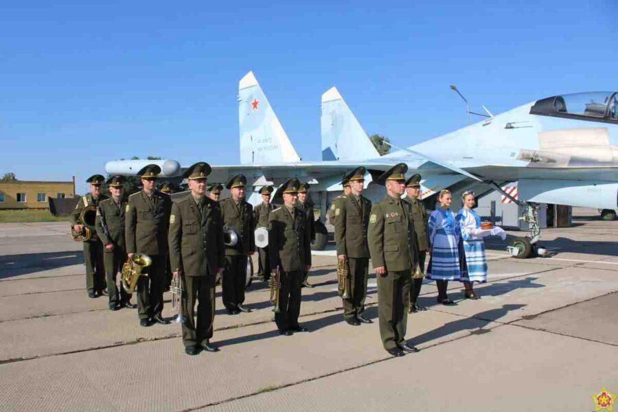 Руски изтребители Су-30СМ поеха бойно дежурство