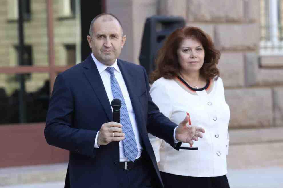 Комитет от хора с най-различни политически цветове и идеи издигат Радев и Йотова за втори мандат