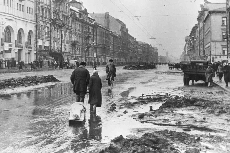 """На 8 септември 1941 започва блокадата на Ленинград: """"Викаха във вледенените влакове - все по-тихо и по-тихо"""""""